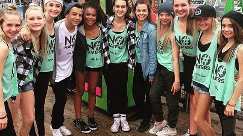 MusEffect: Inspiring Cyberbullying Prevention Through Dance in 2015