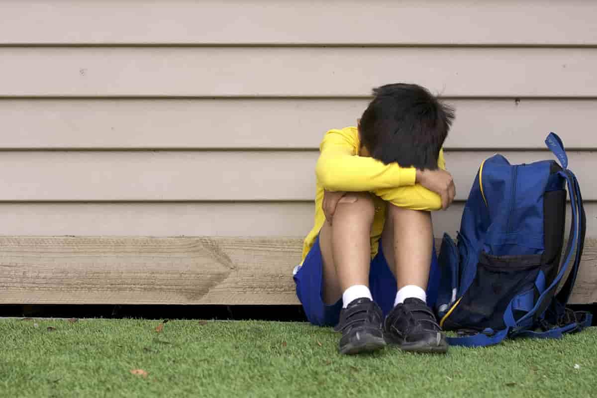 child-bullying-race