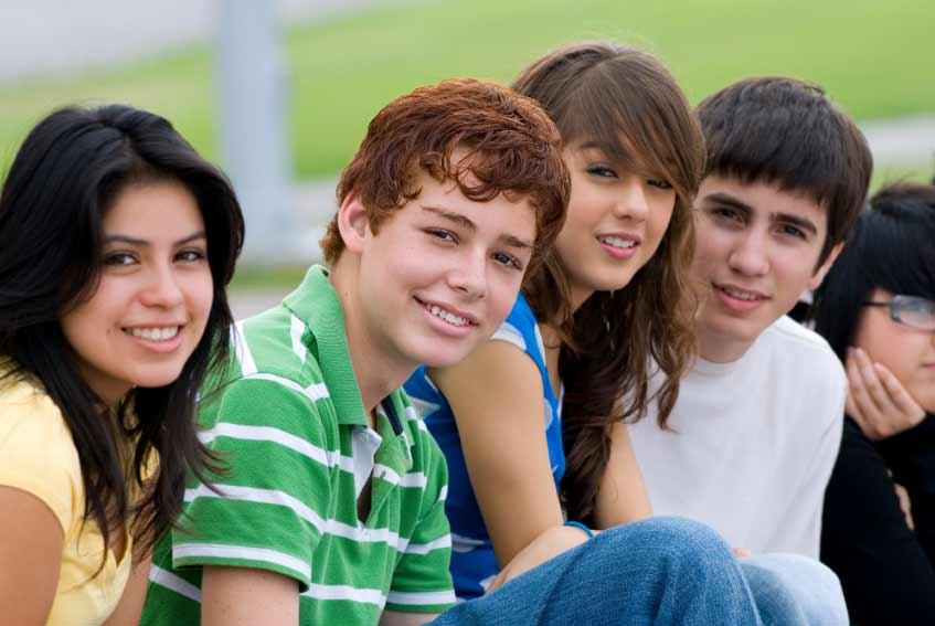 high-school-teens-cyberbullying