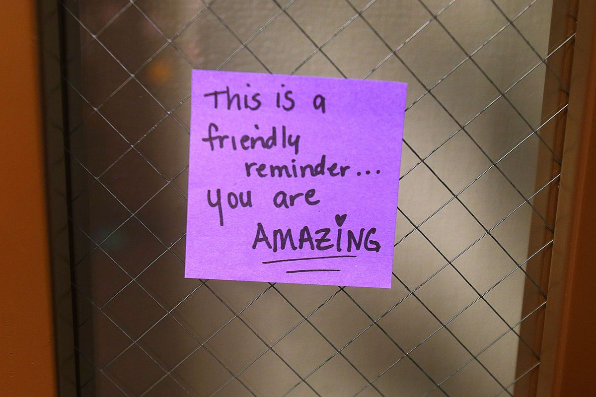 positive-post-it-day-bullying-cyberbullying